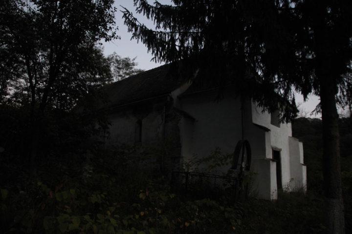 "Nou Săsesc, biserica ""Sf. Nicolae"" din cimitir"