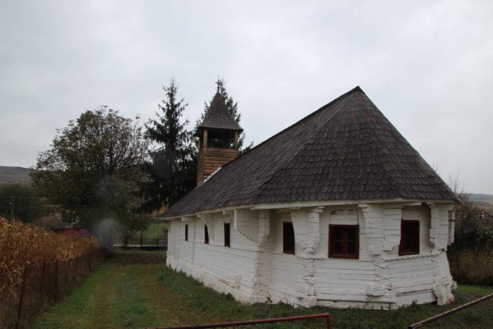 "Iclandu Mare, biserica de lemn ""Sf. Arhangheli"""